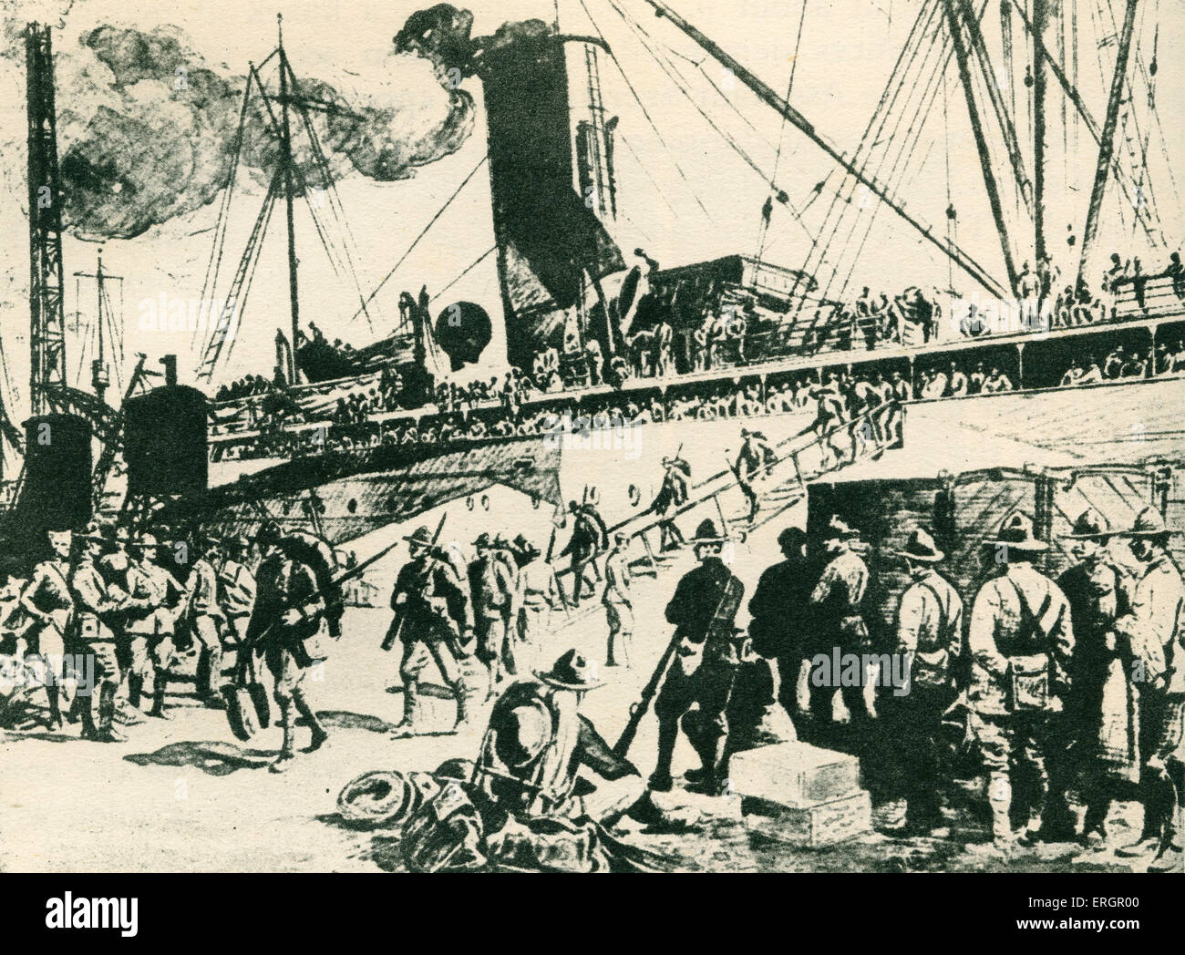 World War One - American soldiers disembarking at Brest, France. - Stock Image
