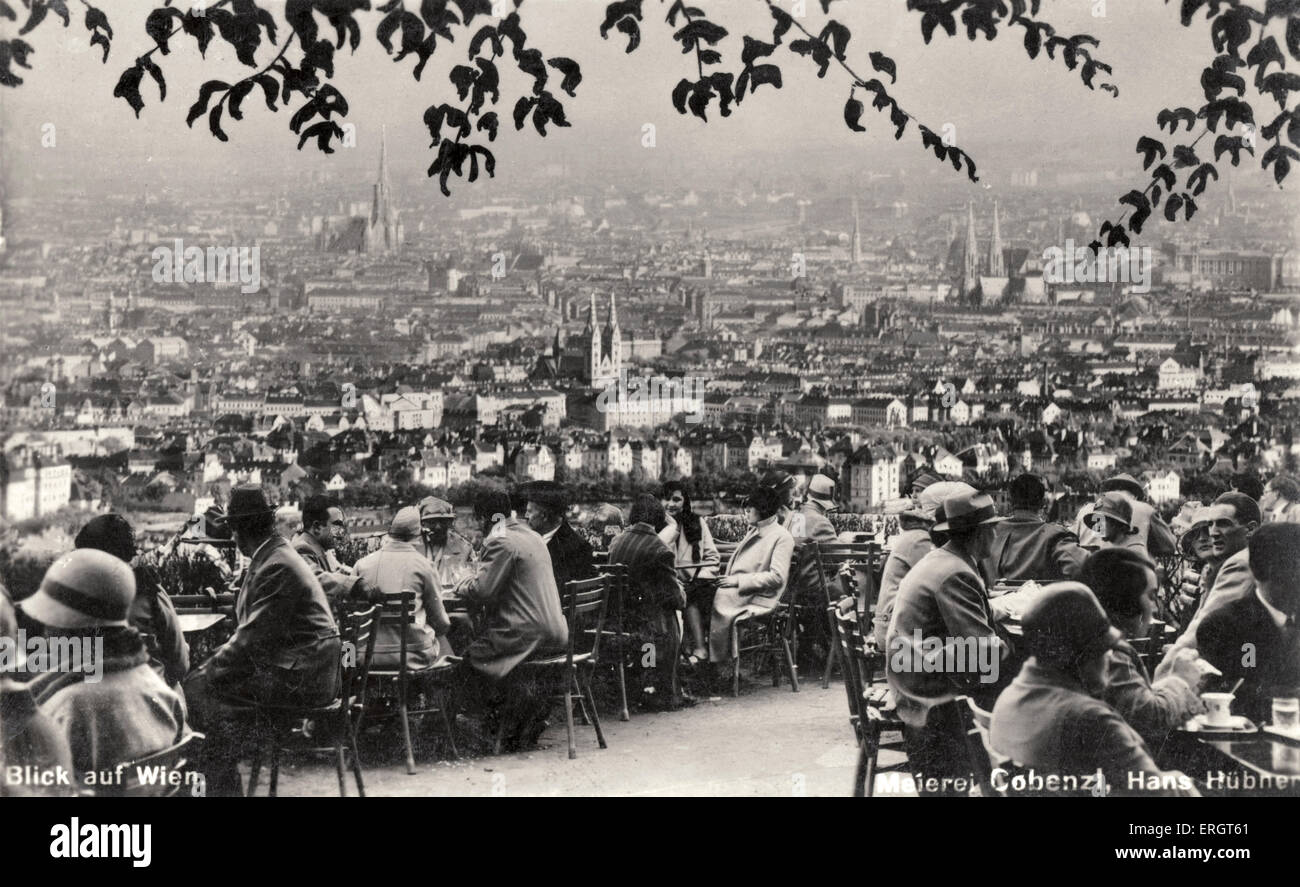 View over Vienna - from the café of the Cobenzl Schloss-Hotel. From the late 20s, early 30s. Viennese café - Stock Image