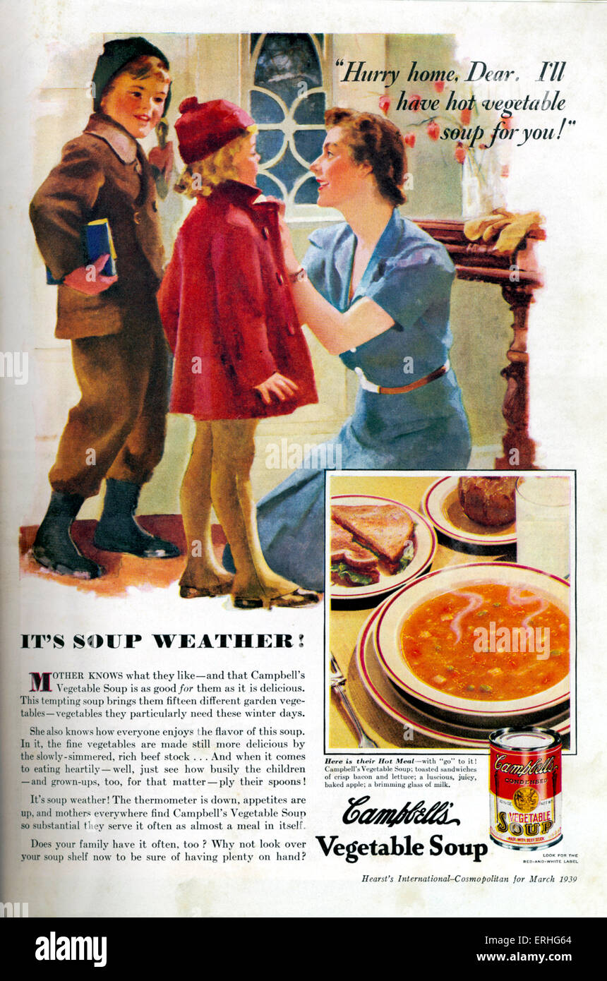 Campbell 's Soup - advertisement for the American soup with a mother dressing her two children for 'soup - Stock Image