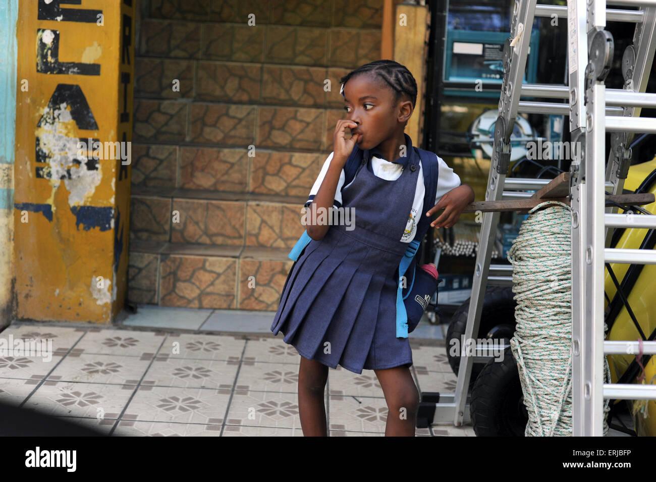 A Garifuna girl in Livingston, Isabal Department in Guatemala. - Stock Image