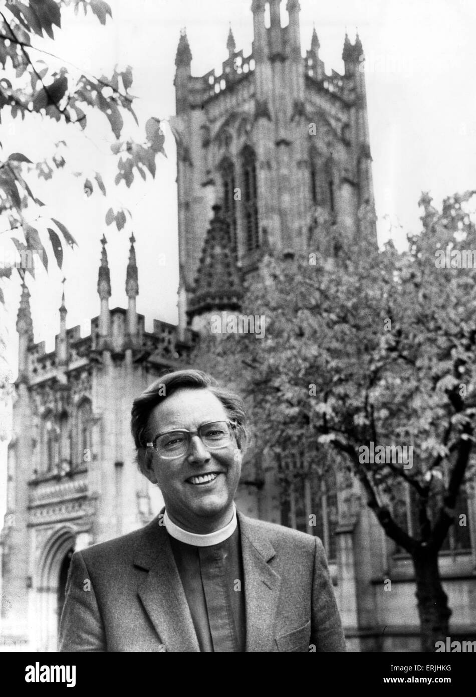 Canon Bruce Duncan, Manchester Cathedral, 21st December 1987. Manchester Cathedral is a medieval church on Victoria - Stock Image
