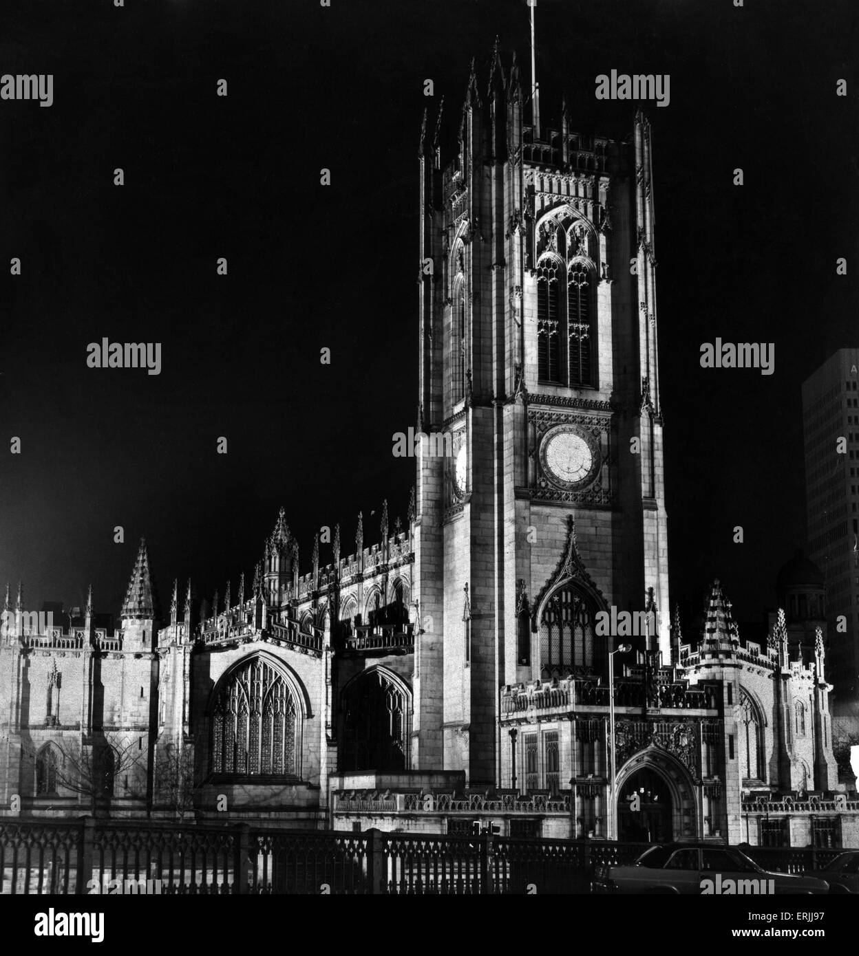 New floodlighting at Manchester Cathedral, Circa 1960. Manchester Cathedral is a medieval church on Victoria Street - Stock Image