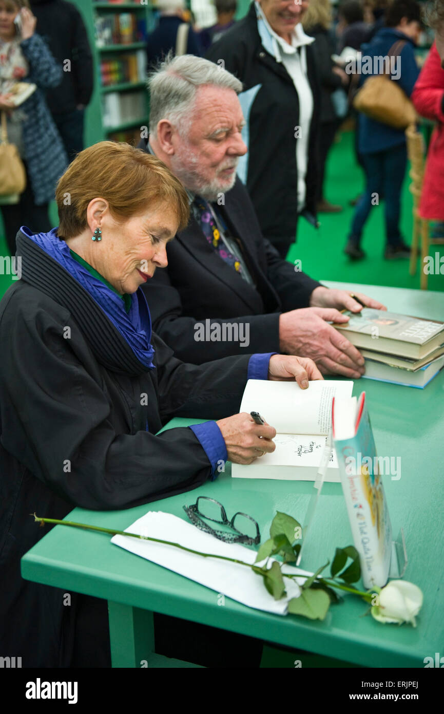 Celia Imrie & Terry Waite authors book signing amongst crowds of fans in bookshop at Hay Festival 2015 - Stock Image