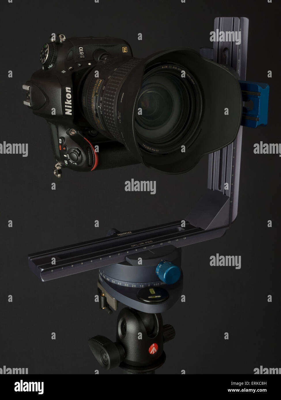 Novoflex VR System Pro 2, nodal point adapter, Manfrotto ball head, Nikon D610 camera, Nikon 24-120 f 4 VR, for - Stock Image