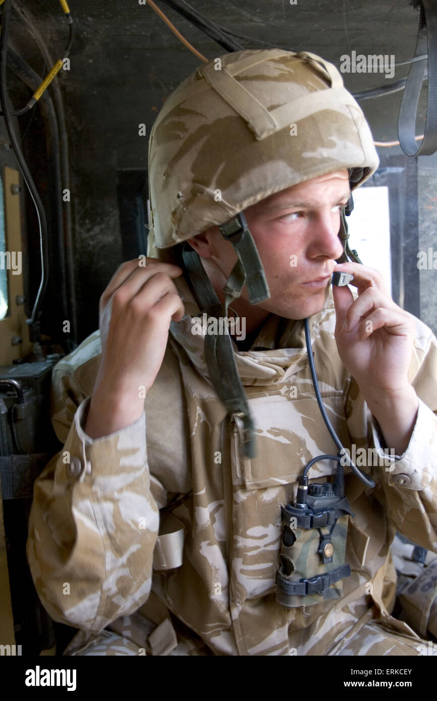 British Forces in Iraq.  A member of the 1st Battalion Devonshire and Dorset Light Infantry on patrol near Basra, Southern Iraq.          Credit: Gary Calton / eyevine  For further information please contact eyevine tel: +44 (0) 20 8709 8709 e-mail: info@eyevine.com www.eyevine.com Credit: Gary Calton / eyevine  For further information please contact eyevine tel: +44 (0) 20 8709 8709 e-mail: info@eyevine.com www.eyevine.com Stock Photo