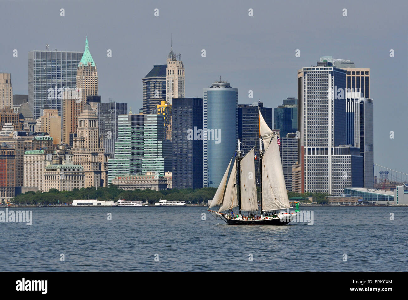 Sail ship on Hudson River in front of South Manhattan sky scrapers, Manhattan, New York City, New York, USA - Stock Image