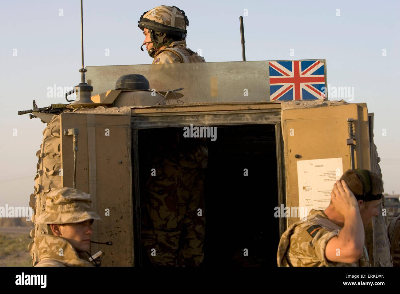 Members of the 1st Battalion Devonshire and Dorset Light Infantry on patrol near Basra, Southern Iraq. Credit: Gary Calton / eyevine  For further information please contact eyevine tel: +44 (0) 20 8709 8709 e-mail: info@eyevine.com www.eyevine.com Credit: Gary Calton / eyevine  For further information please contact eyevine tel: +44 (0) 20 8709 8709 e-mail: info@eyevine.com www.eyevine.com Stock Photo