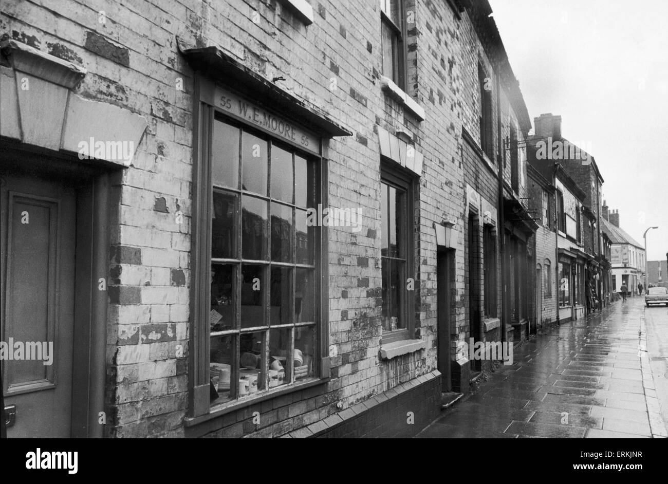 W E Moore China shop in Bedworth.28th August 1968 - Stock Image