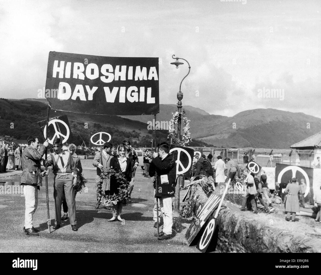 Scenes of Demonstrators against nuclear armaments on Ardnadam Pier. 5th August 1961 - Stock Image