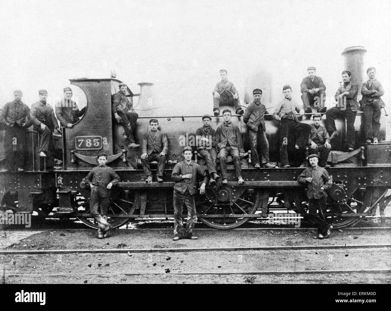 The crew of an steam locomotive pose beside the engine at Stafford Road sheds, circa 1900. - Stock Image