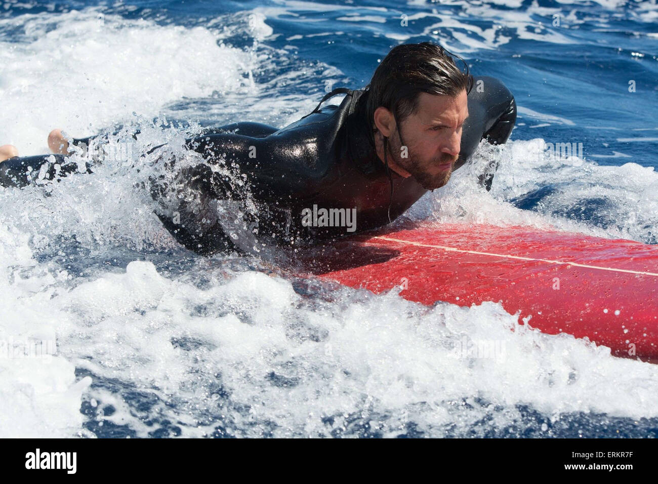 POINT BREAK (2015) EDGAR RAMIREZ ERICSON CORE (DIR) - Stock Image