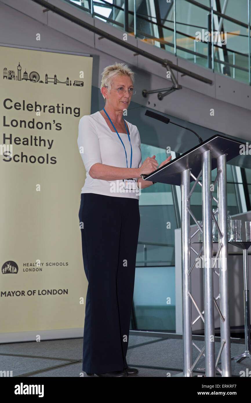 London, UK. 4th June, 2015. Janet Palmer, HMI, National Lead for PSHEE, Ofsted, speaks as Teachers join health and - Stock Image