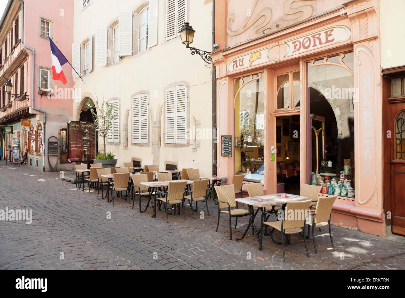 Cafe Au Croissant Dore, Rue Marchands, Colmar, Alsace, France, Europe - Stock Image