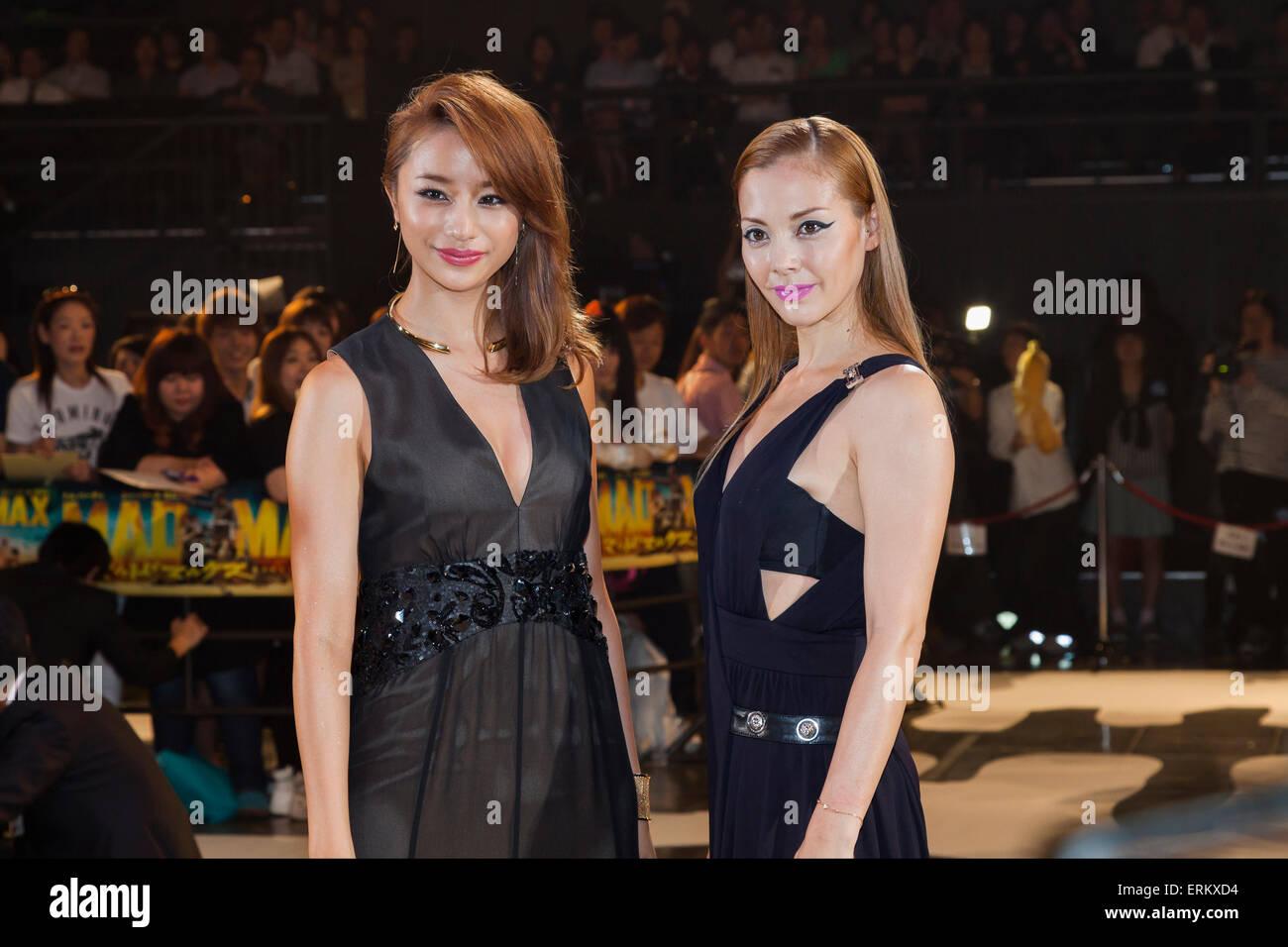 (L to R) Fashion model and actress Maryjun Takahashi and the singer, actress and fashion model Anna Tsuchiya pose - Stock Image