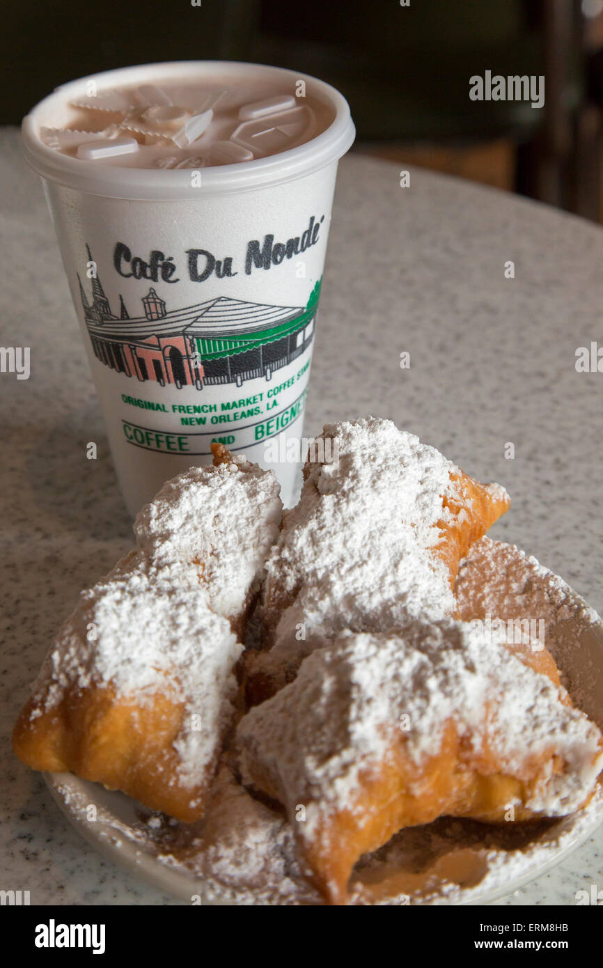 New Orleans, Louisiana - Coffee and beignets at Café du Monde. - Stock Image