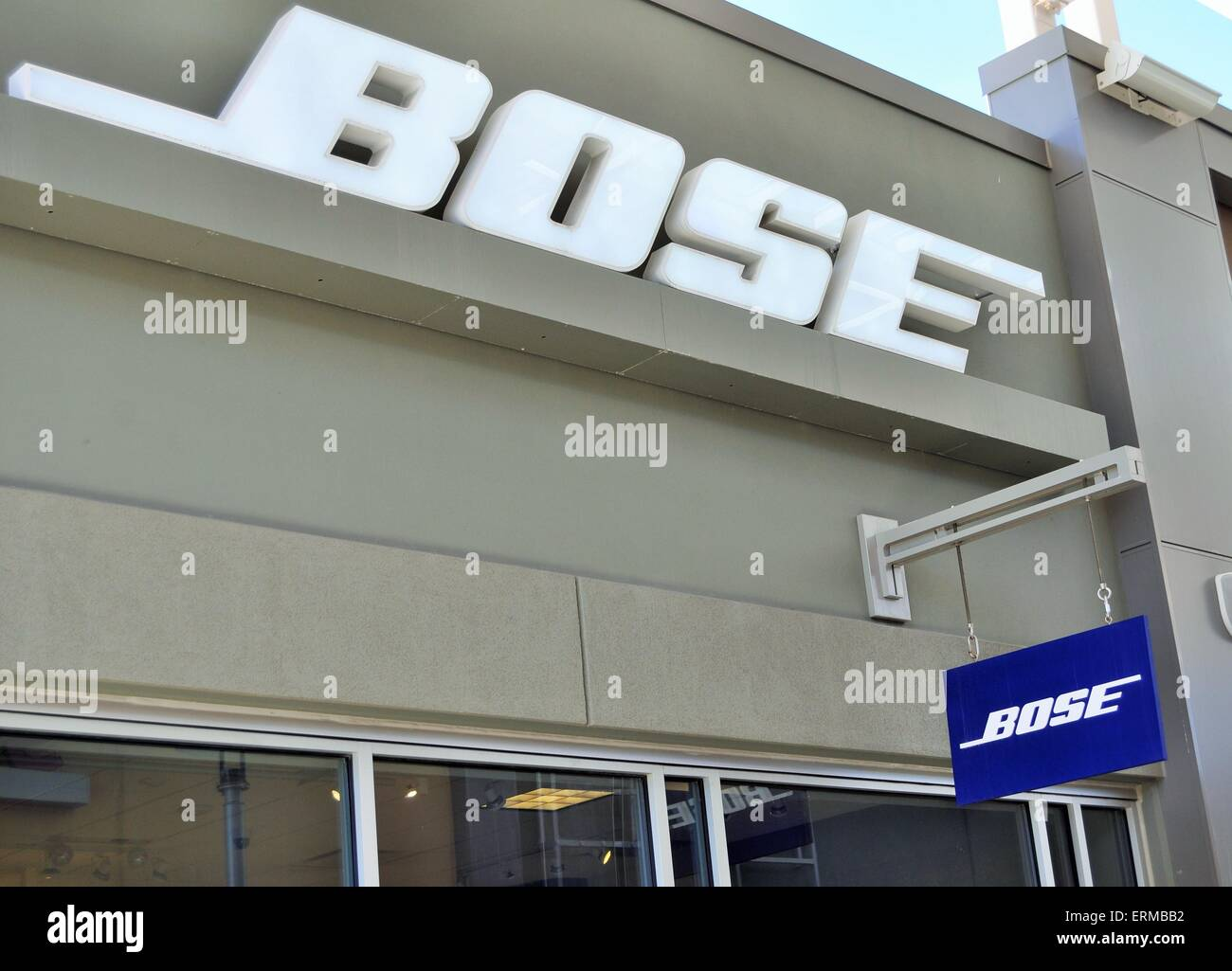 Bose Store front sign - Stock Image