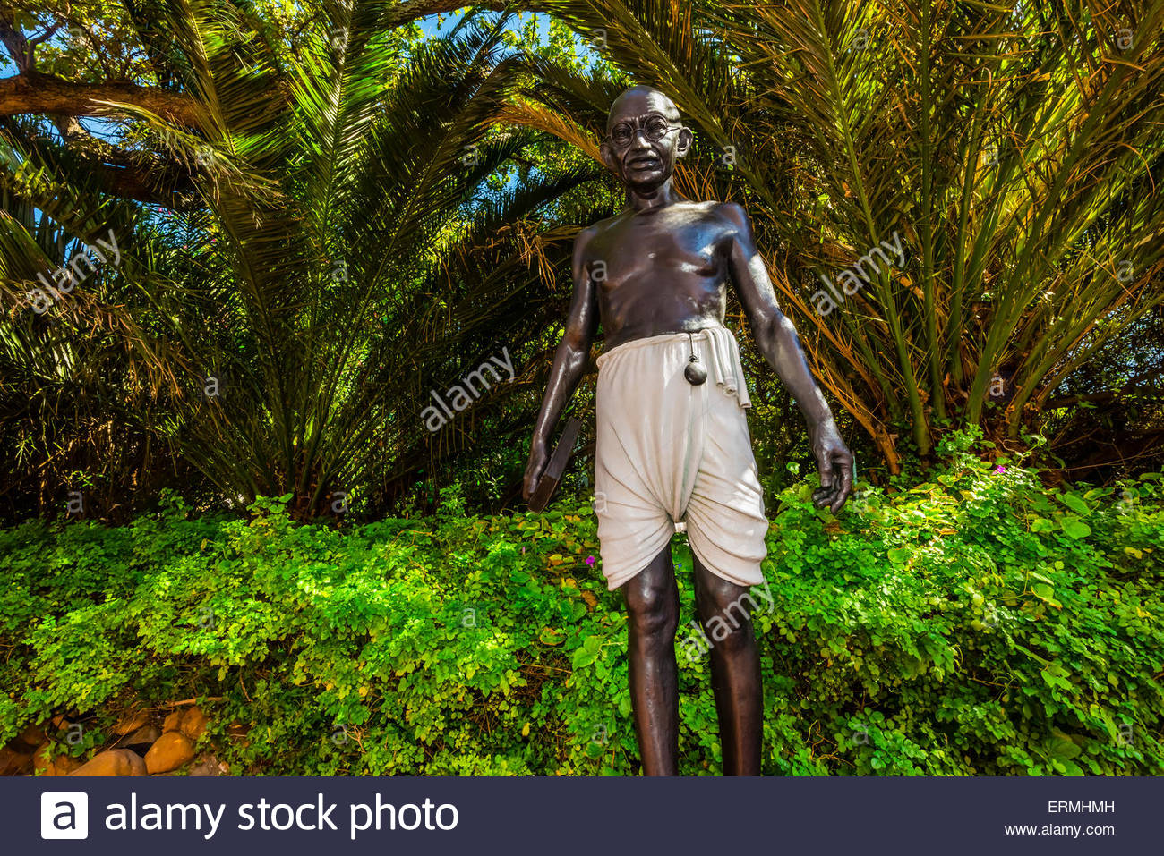 Bronze statue of Mahatma Gandhi by Anton Momberg, Belmond Mount Nelson Hotel, Cape Town, South Africa. - Stock Image