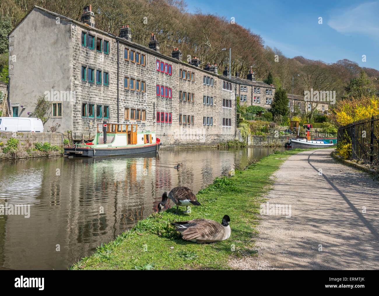 The pretty tourist town of Hebden Bridge in the South Pennine region of West Yorkshire showing steep terraced houses - Stock Image