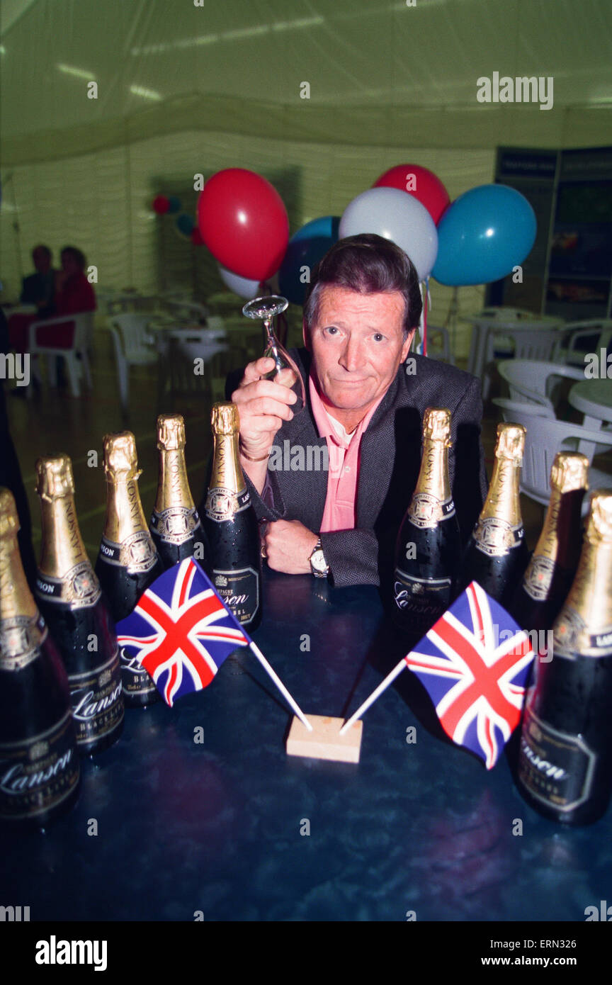 Coronation Street Stars at Olympic Announcement in Castlefield Manchester, 23rd September 1993. Stock Photo