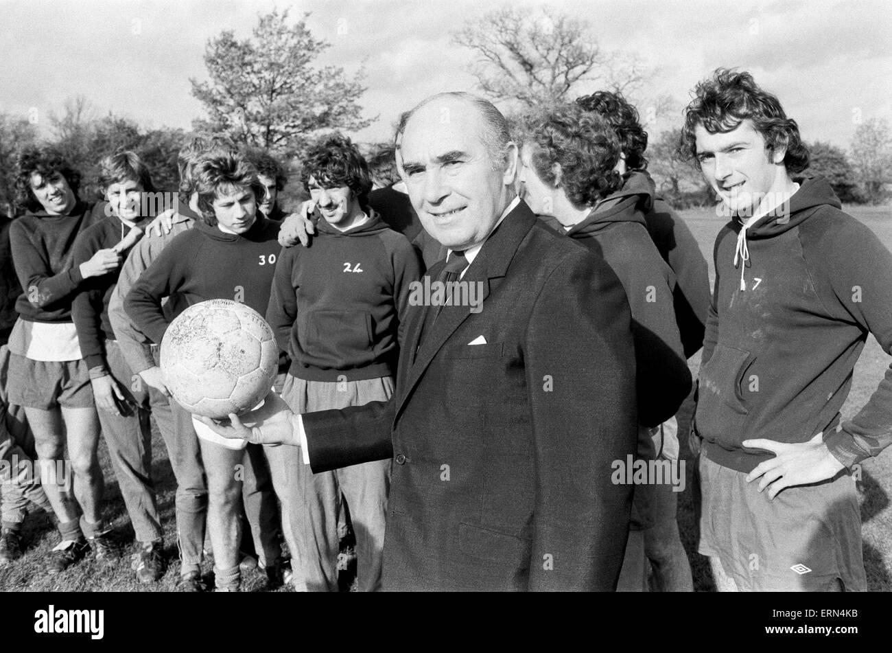 Sir Alf Ramsey taking over at Birmingham City training ground. 3rd November 1977. - Stock Image