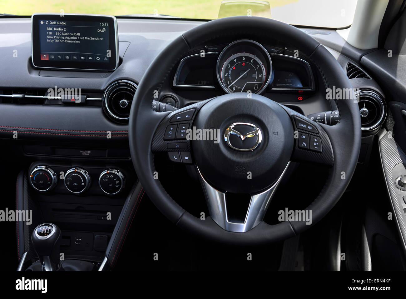 Kelebihan Kekurangan Mazda 2 2015 Review
