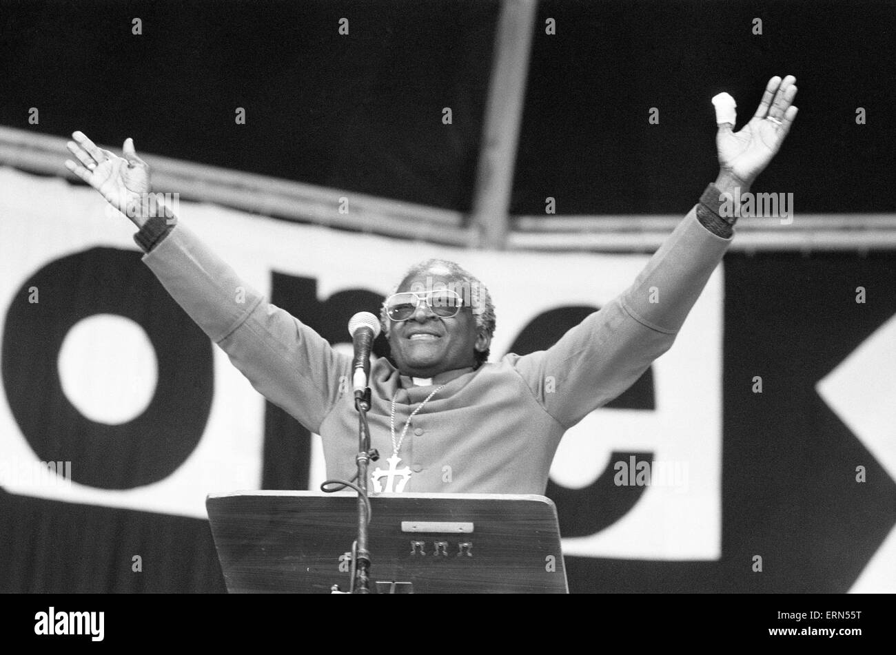 Archbishop Desmond Tutu, holds a religious gathering at Villa Park Football Stadium, Birmingham, Sunday 23rd April - Stock Image