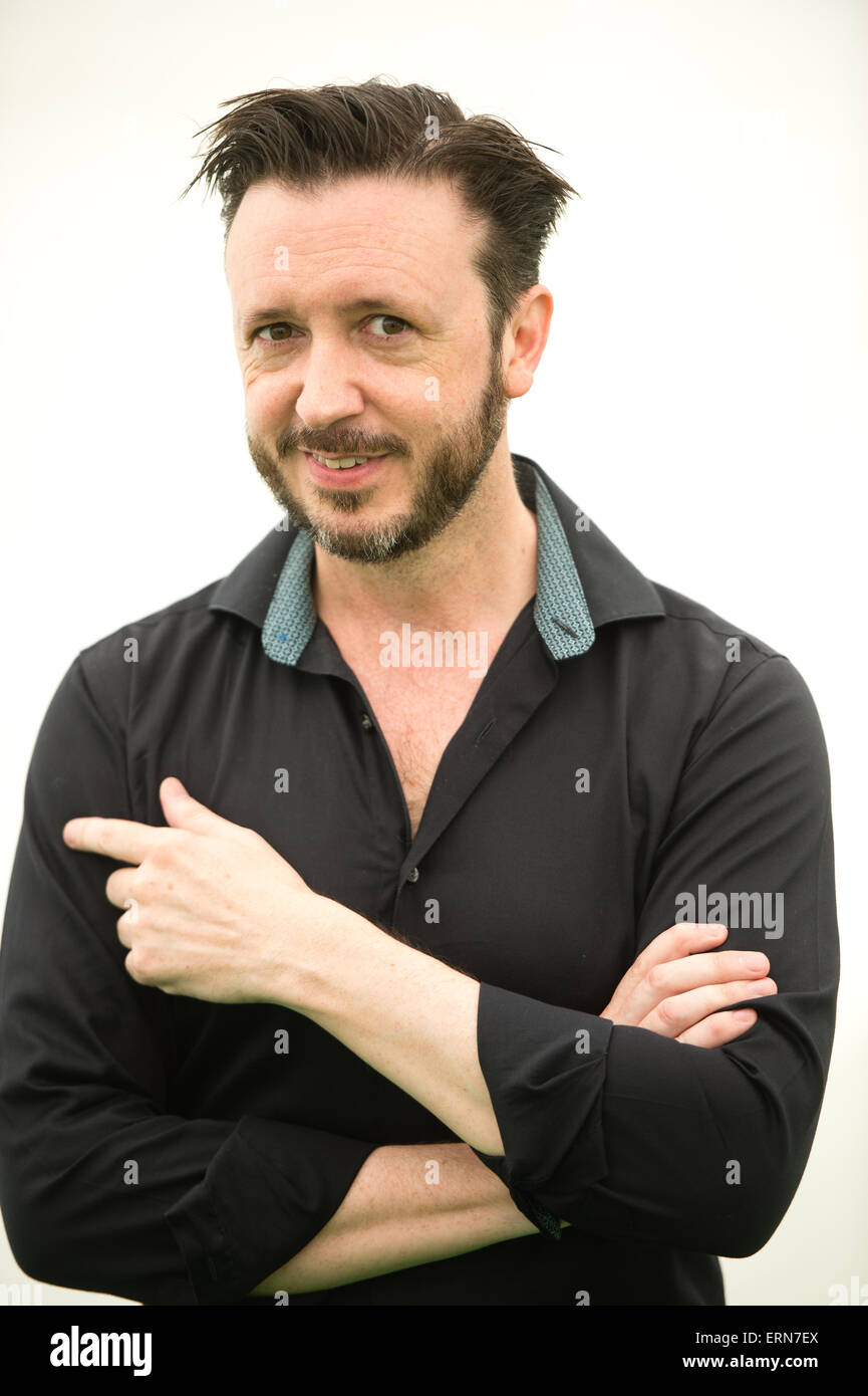 STEVE COLE, Author of the Young Bond adventure 'Shoot to Kill', at the Hay Literature Festival 2015, Wednesday - Stock Image