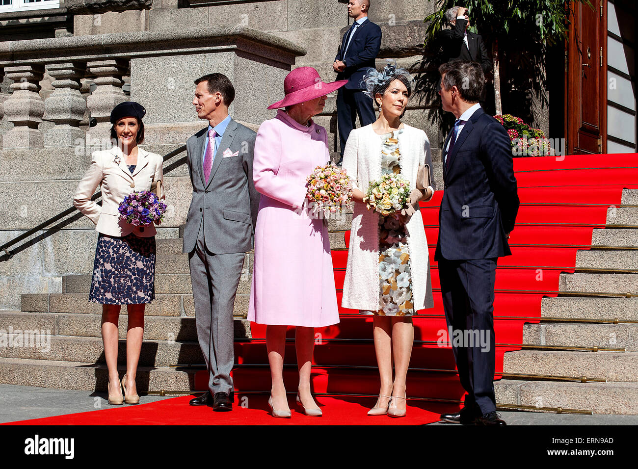 Copenhagen, Denmark, May 5th, 2015: The Royal Family waits for the Queen to arrive before they enter the Parliament - Stock Image