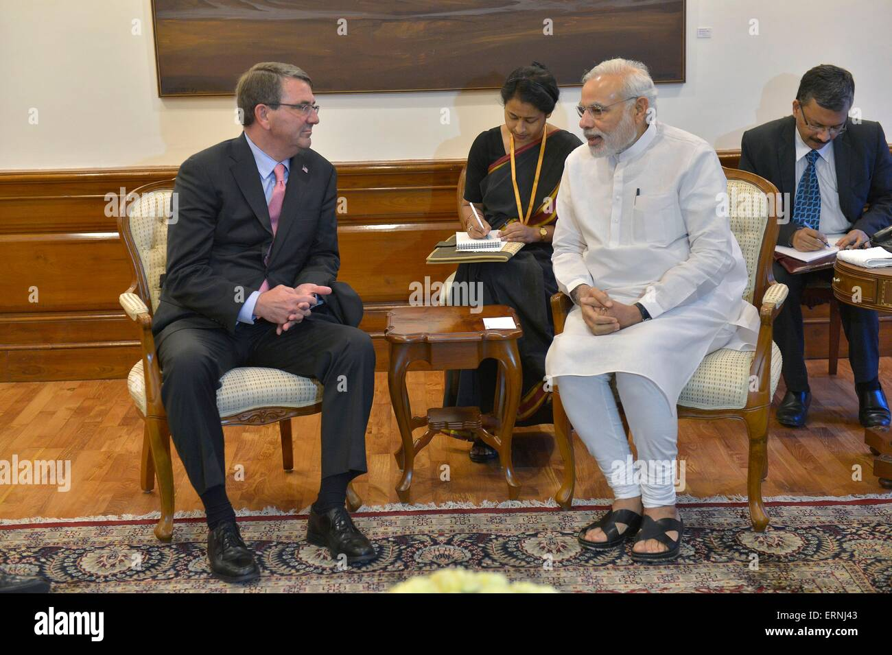 US Secretary of Defense Ashton Carter meets with Prime Minister of India Narendra Modi at the Presidential Palace - Stock Image