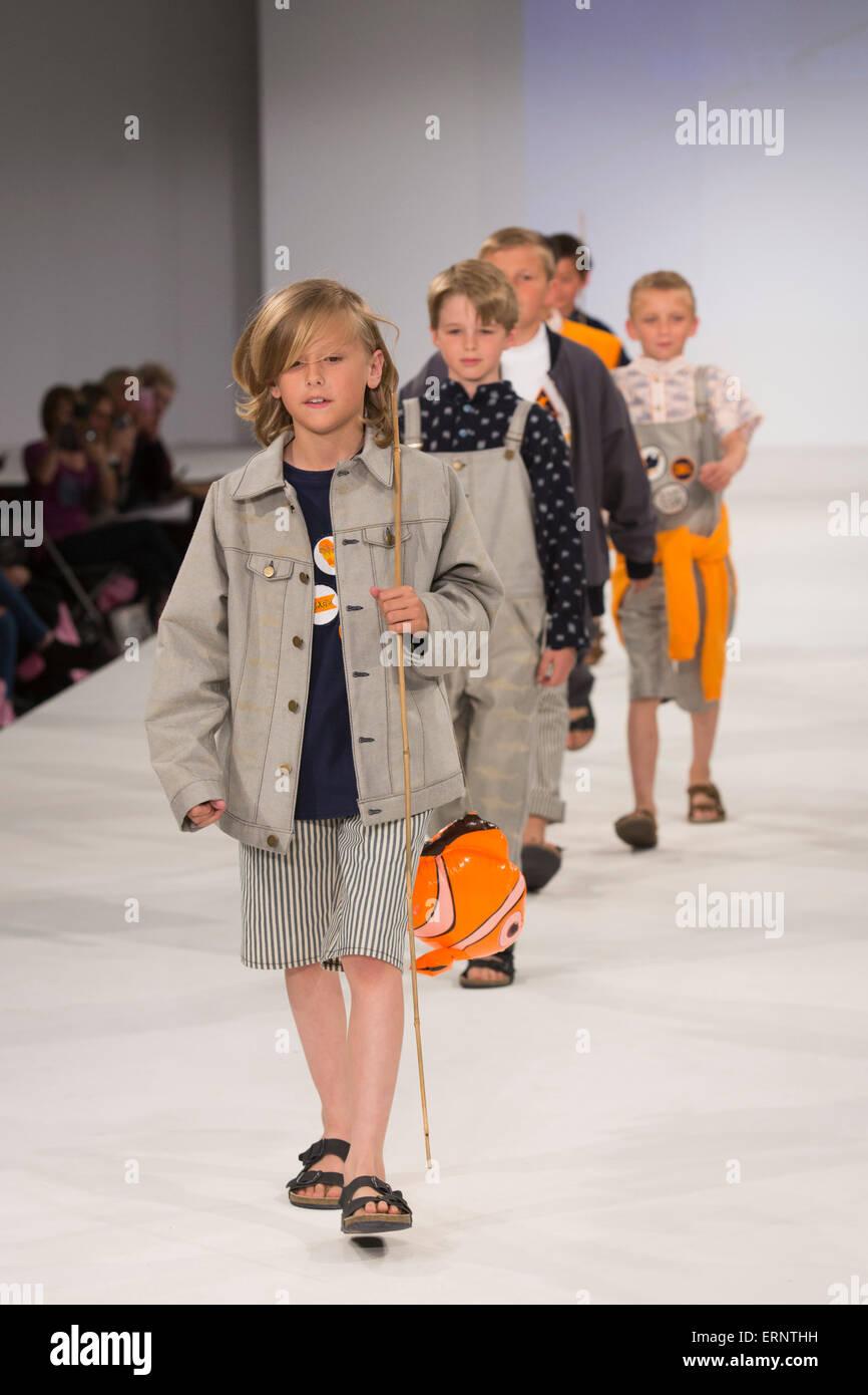 795b6fd0da1 Childrens Fashion Show Stock Photos   Childrens Fashion Show Stock ...