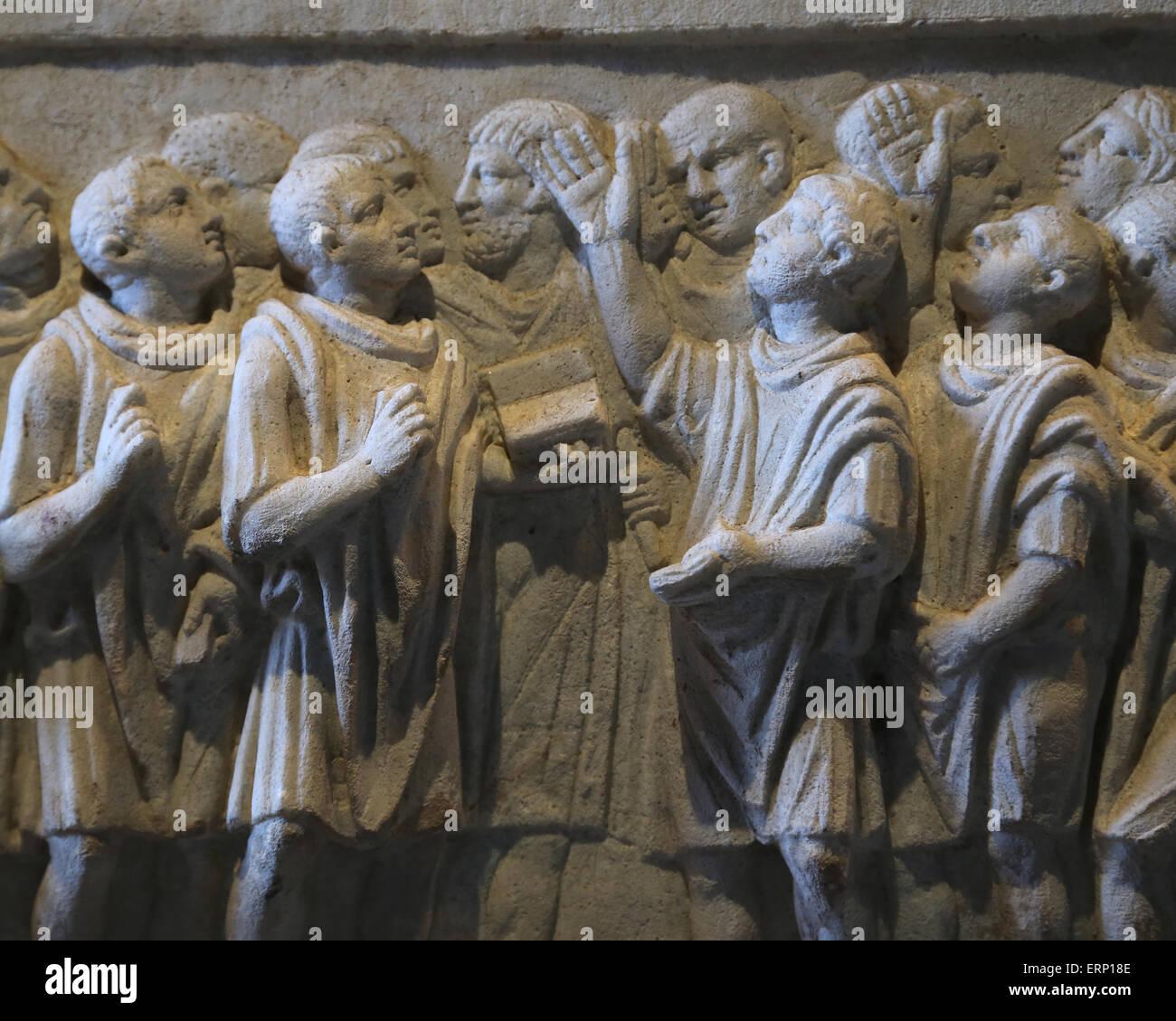 Cinerary altar of government secretaries. From Rome. 1st C. Q. Fulvius and his brother Quintus Fulvius Priscus. - Stock Image