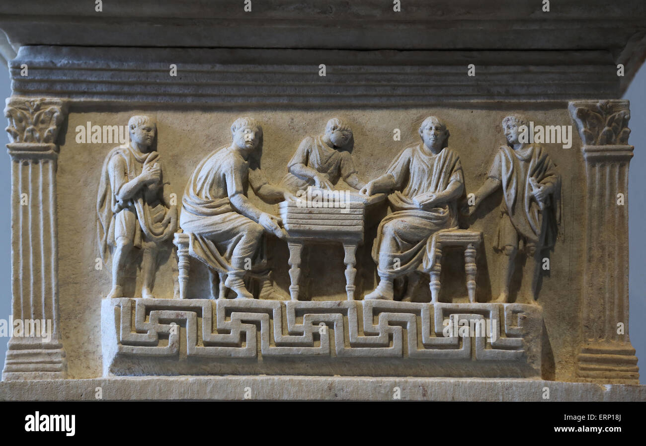 Cinerary altar of government secretaries. From Rome. 1st C. Served as scribae librarii (public secretaries or clerks). - Stock Image