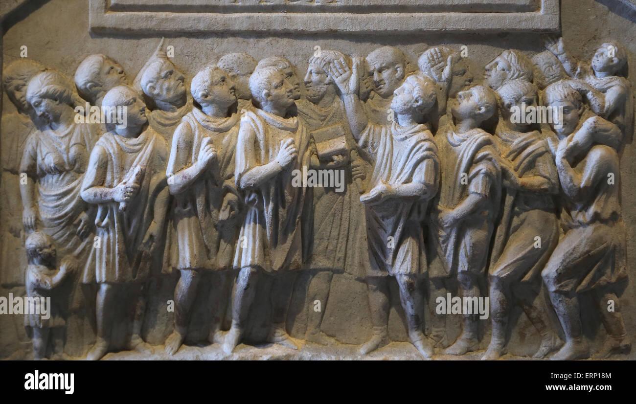 Cinerary altar of government secretaries. Rome. 1st C. Q. Fulvius and his brother Quintus Fulvius Priscus. - Stock Image