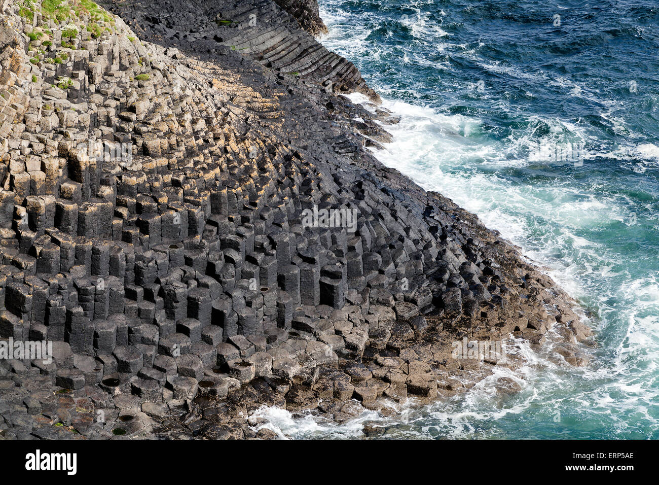 Isle of Staffa rocky coastline, Hebrides, Scotland - Stock Image