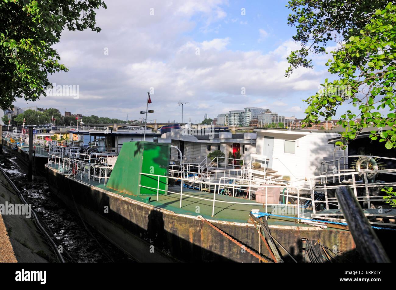 House boats, Chelsea Embankment, London, England Stock Photo