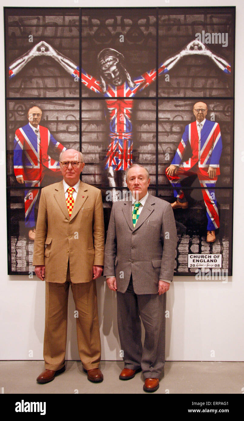 """JUNE 12, 2009 - BERLIN: the artist duo """"Gilbert and George"""" (Gilbert Proesch, George Passmore) at a press conference Stock Photo"""