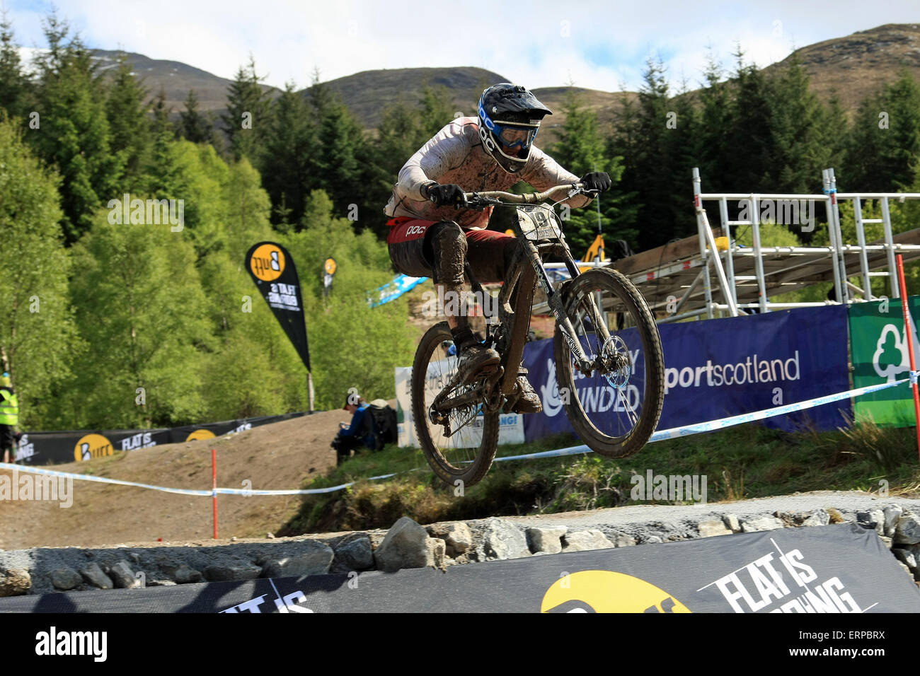 Fort William, Scotland, UK. 05th June, 2015. Extreme weather conditions didn't stop riders practicing on the course - Stock Image