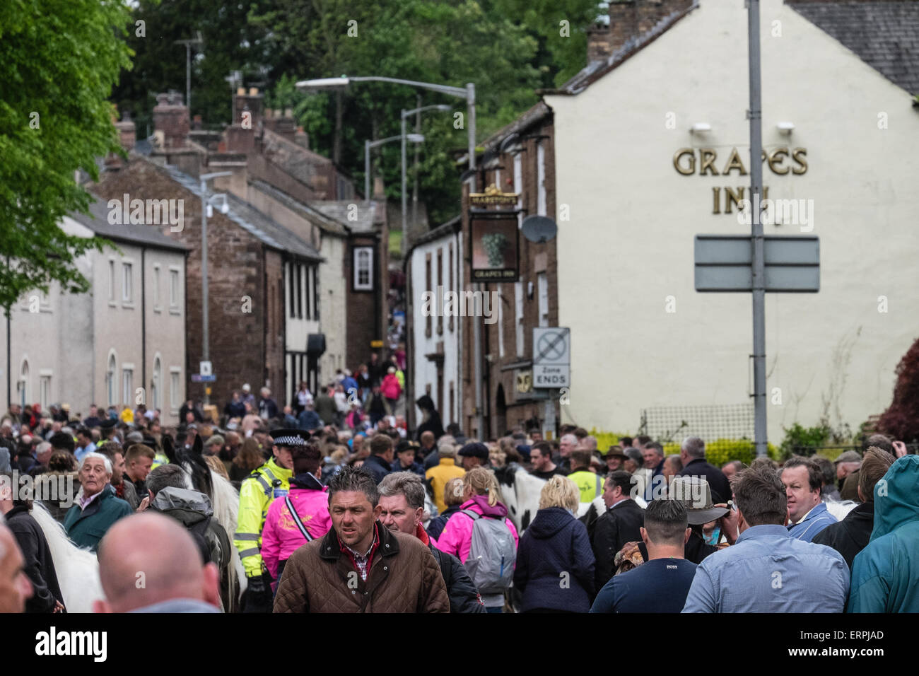 Appleby in Westmorland, Cumbria UK. 6th June 2015. Members of the UK's gypsy and traveller communities converge Stock Photo