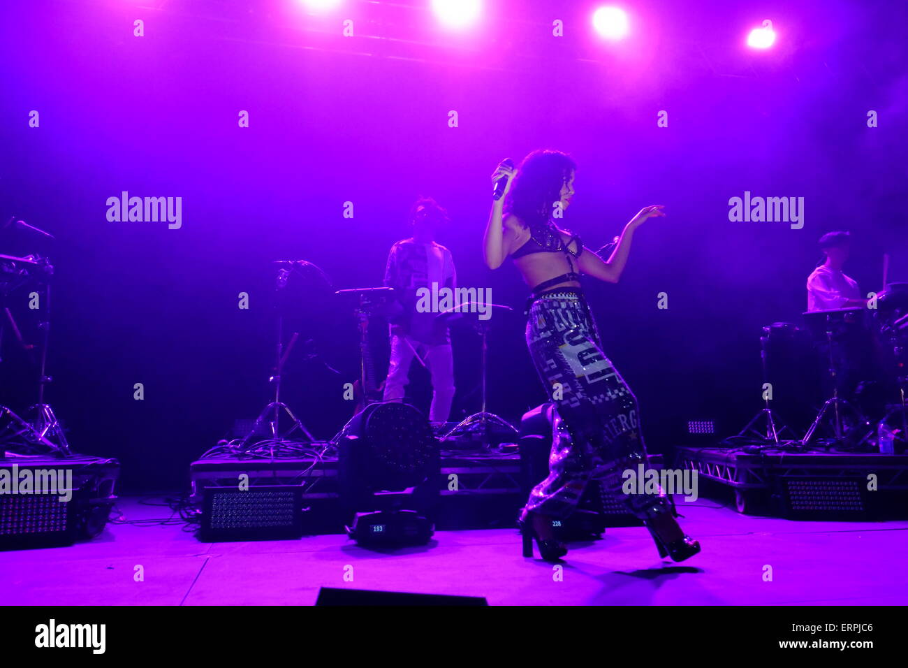 FKA Twigs plays at Field day festival wearing JP Gaultier - Stock Image