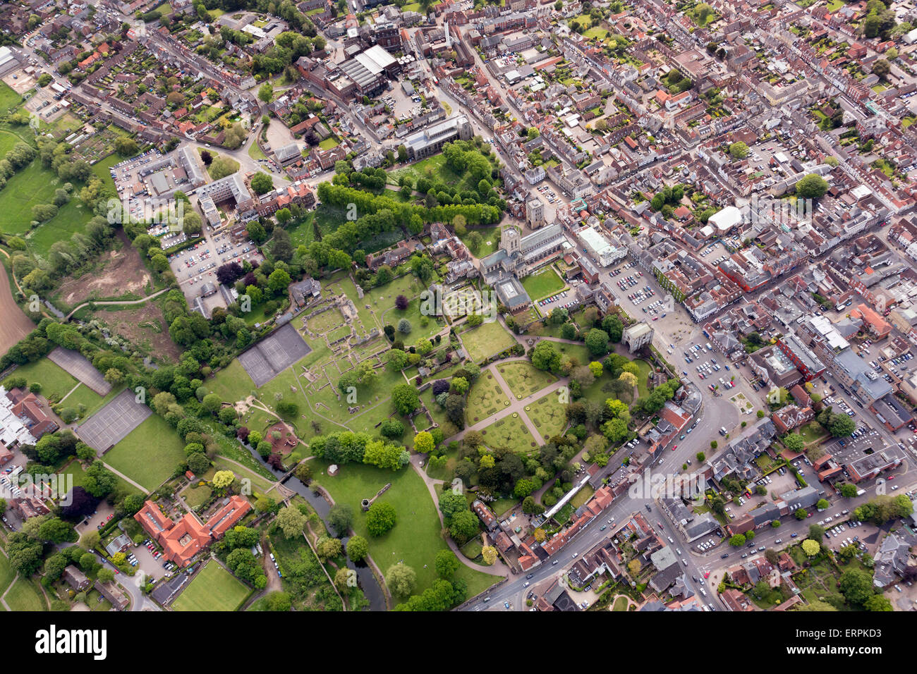 Aerial photo of Bury St Edmunds showing the Abbey Gardens - Stock Image