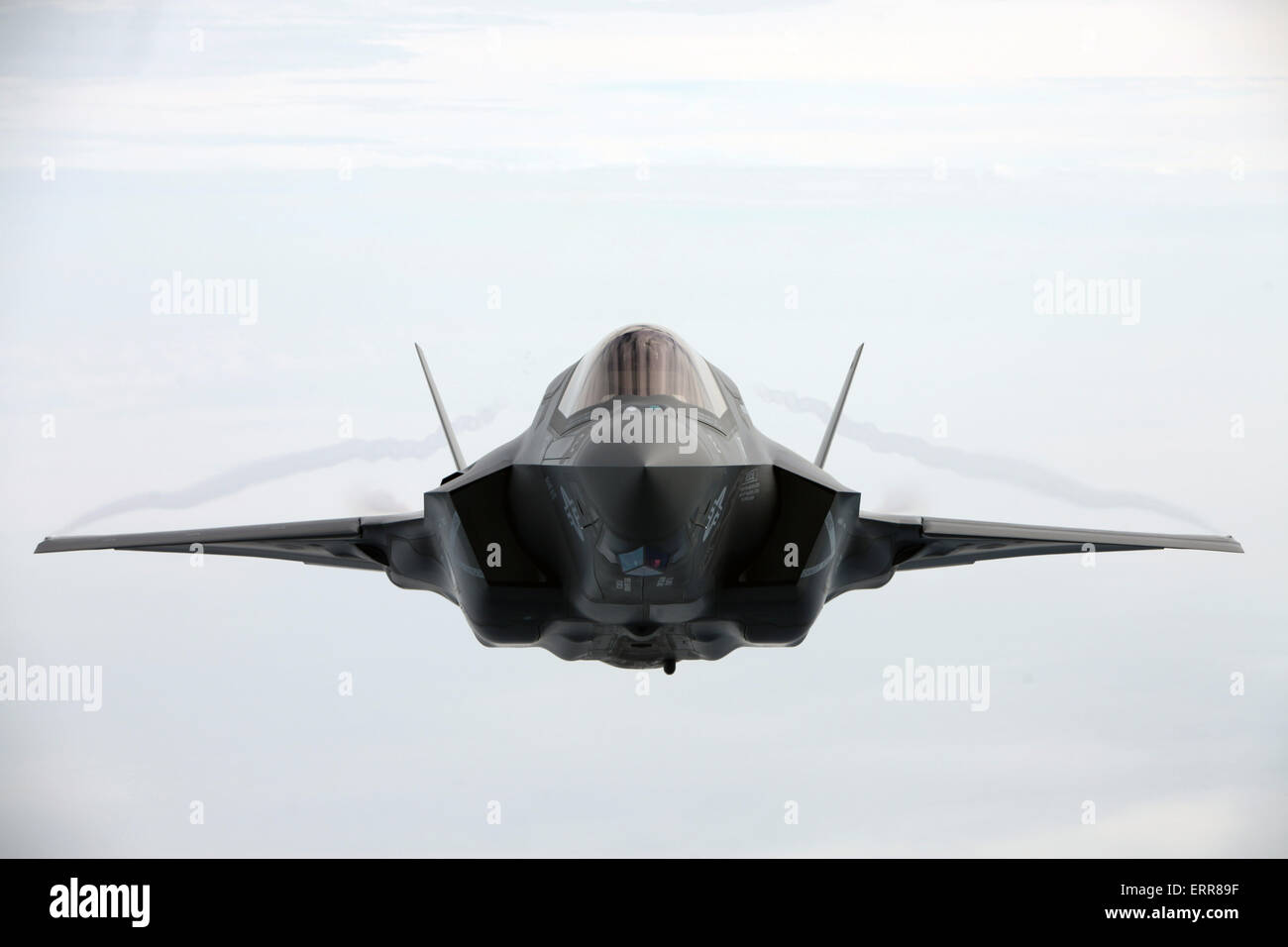 US Marine Corps F-35B Lightning II stealth fighter aircraft during refueling operations April 14, 2015 above Cherry - Stock Image