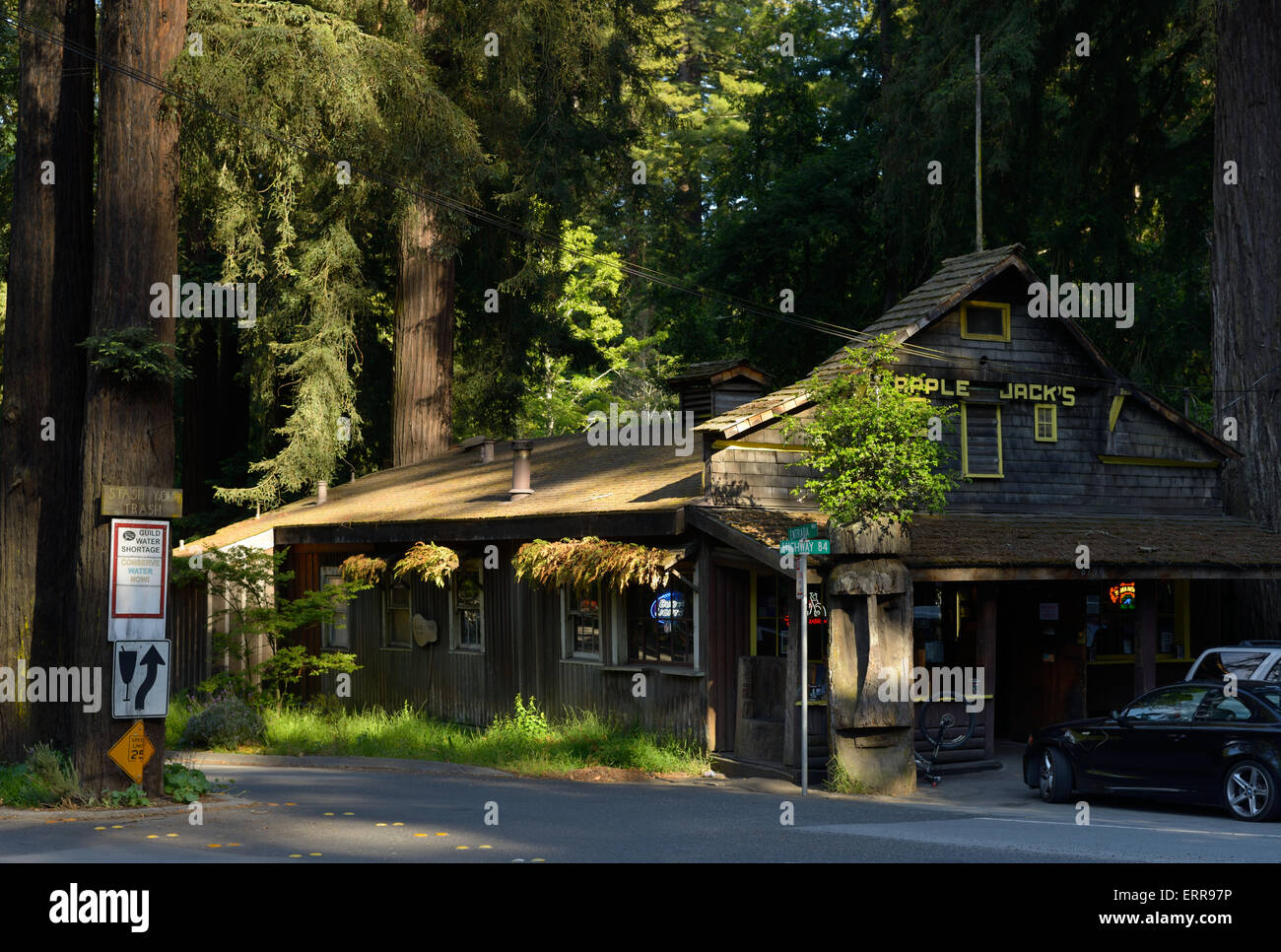 Apple Jack's dive bar, La Honda CA Stock Photo: 83490730 - Alamy