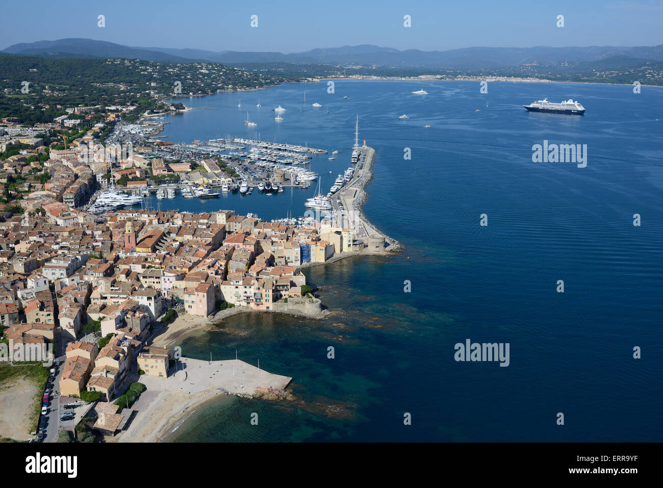 SEASIDE RESORT and FISHERMEN VILLAGE (aerial view). Saint-Tropez and its Gulf, Var, French Riviera, France. - Stock Image