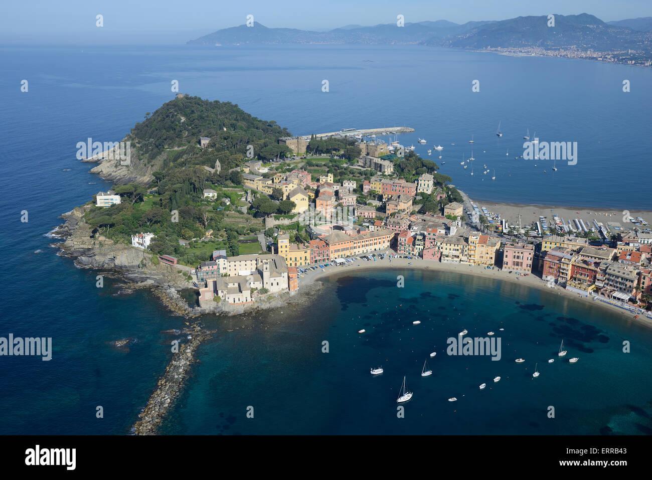 SEASIDE RESORT and FISHING VILLAGE (aerial view). Sestri Levante, Liguria, Italy. - Stock Image