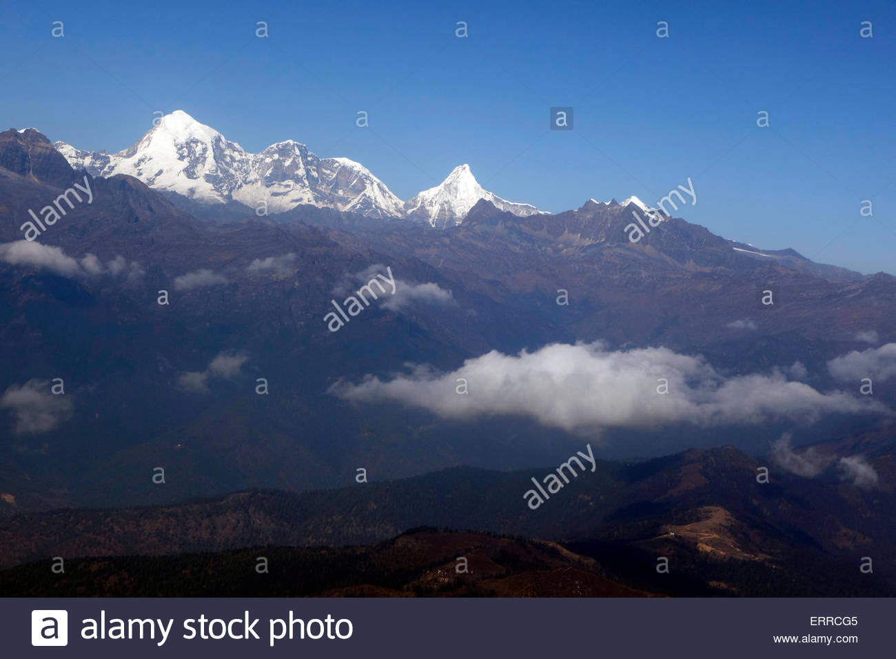 Himalayan mountain ranges Bhutan - Stock Image