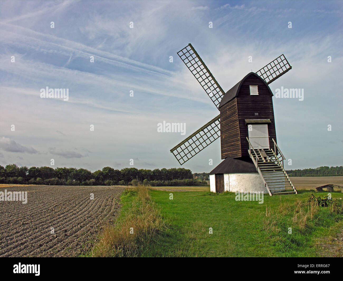 Pitstone Windmill, Ivinghoe, Buckinghamshire, England. This old post mill dates from 1627. The mill was used to - Stock Image