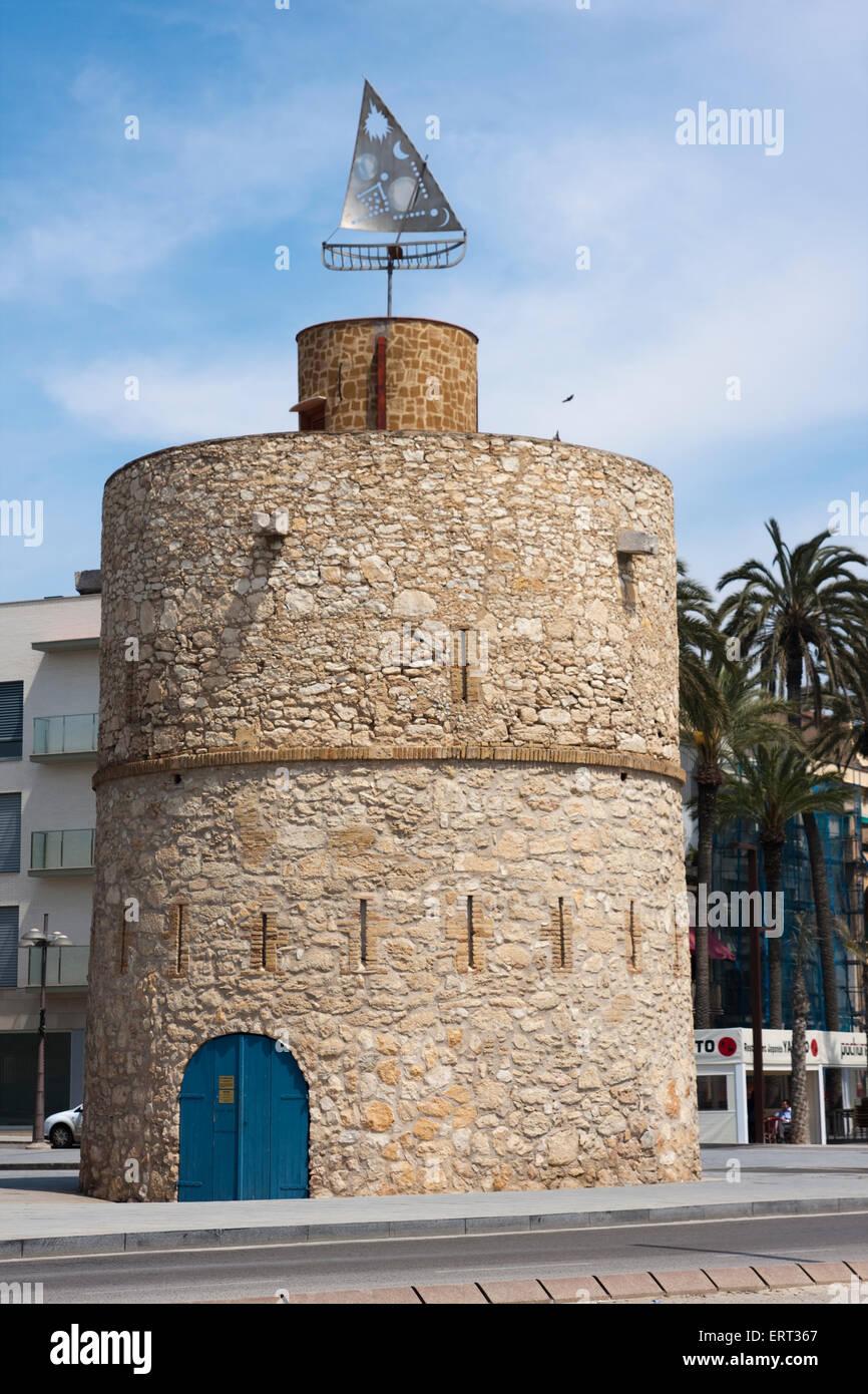 Torre de Ribes Roges. Torre fortificada del siglo XIX. Espacio artístico, del pintor Rafael Guinovart. España, - Stock Image