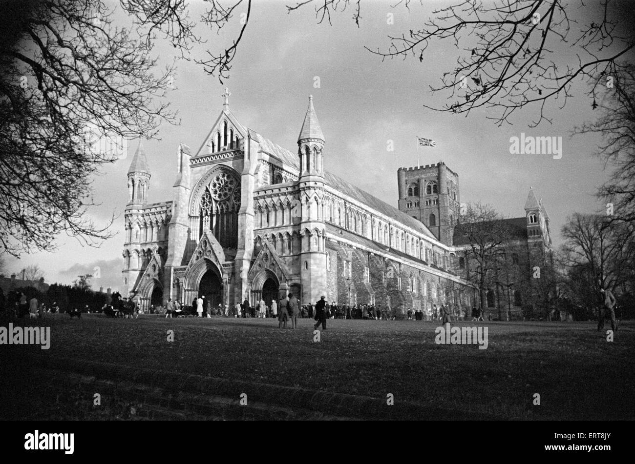 St Albans Cathedral, Hertfordshire. Circa 1946 - Stock Image