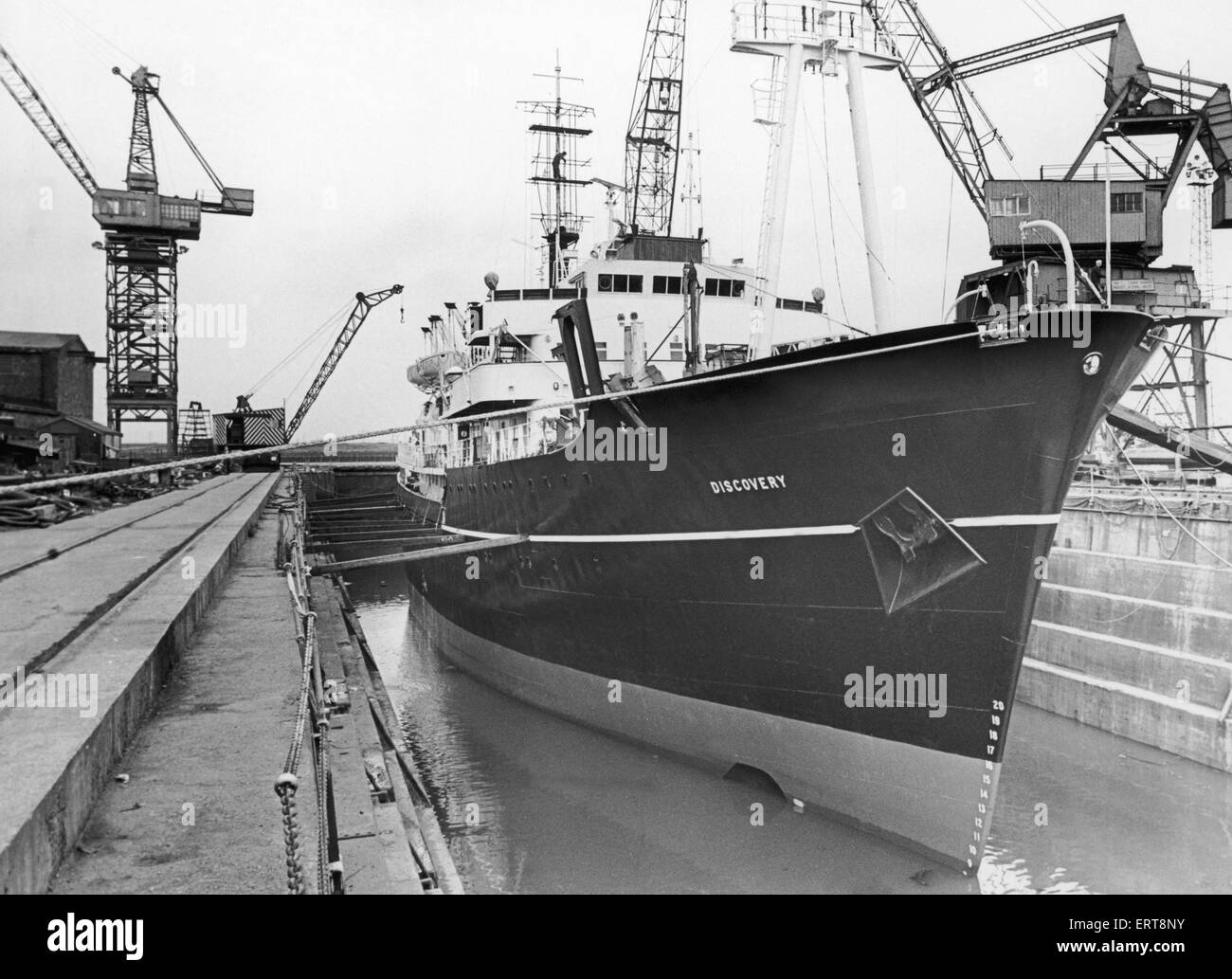 The Discovery seen here in Smiths Dock South Bank. 11th September 1980 - Stock Image