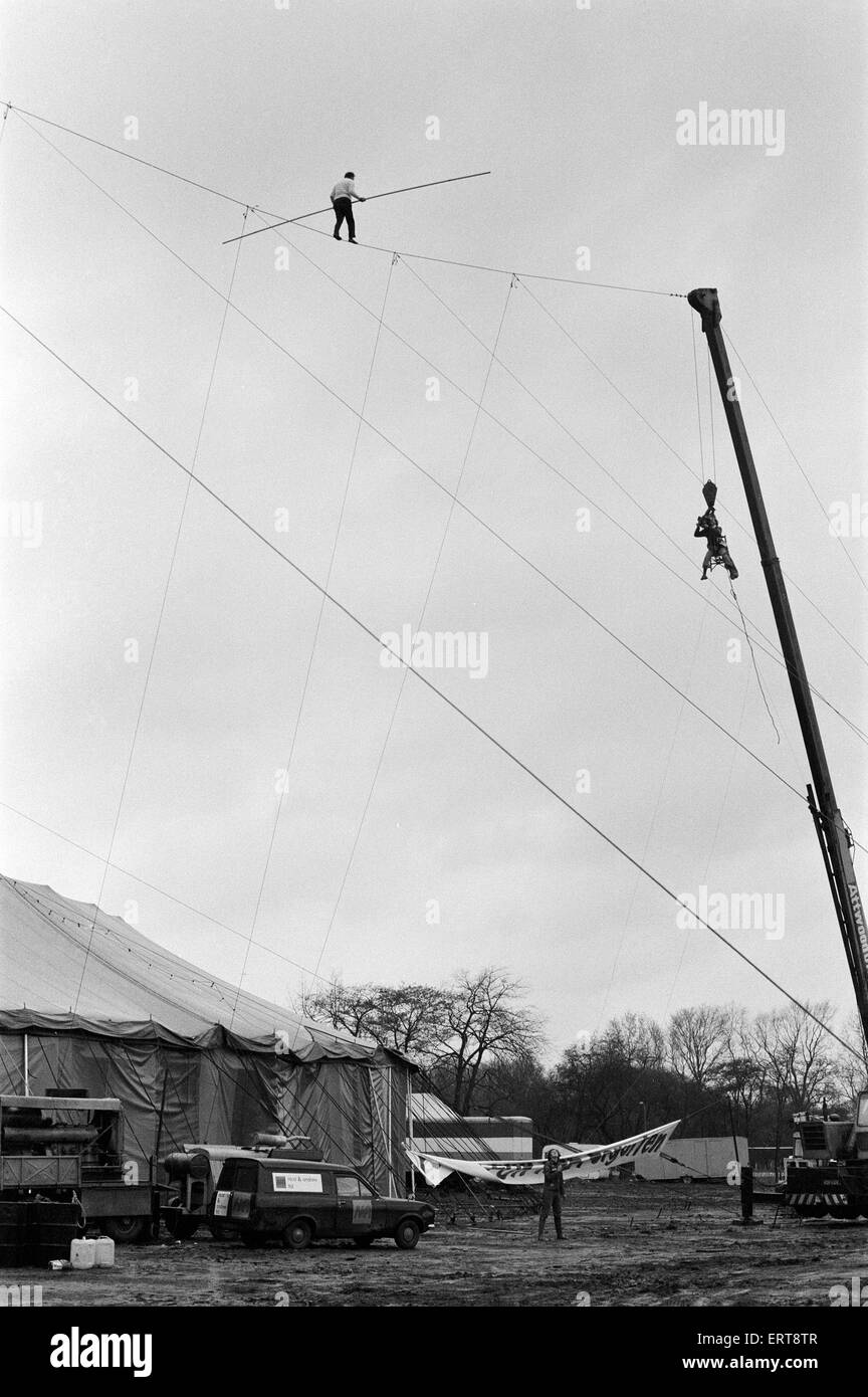Karl Wallenda, Tightrope Walker, crosses over Europe's largest circus tent wire, Mary Chipperfield's, currently Stock Photo